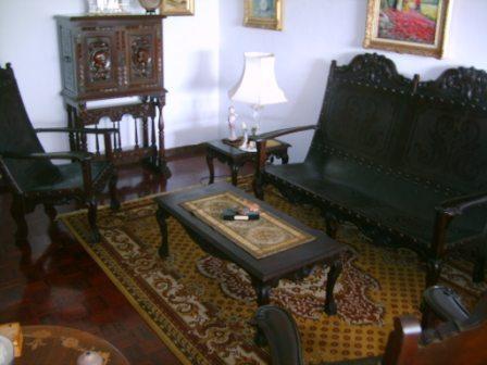 Fotos de Juego de Sala colonial tallado en cuero y madera ...