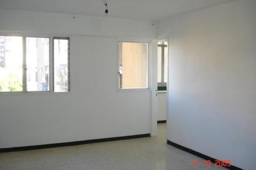 Fotos de Venta de apartamento en caño amarillo av. sucre catia caracas 09-7583 2
