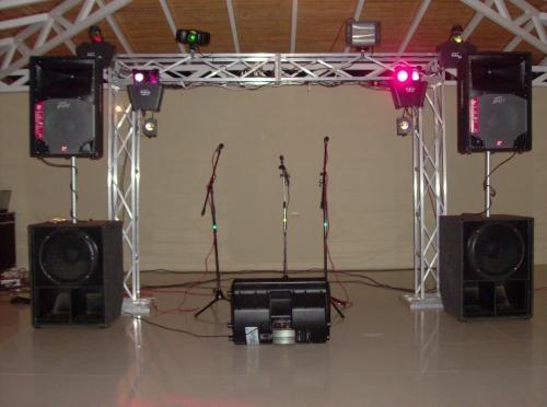 Fotos de Minitecas en barquisimeto, sonido profesional para fiestas.audio profesional par 1