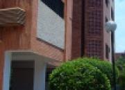 APARTAMENTO EN ALQUILER SECTOR LA LAGO MARACAIBO MLS10-5444 www.angelpinton.com