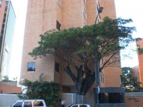 Alquiler de apartamento en caracas en Campo Alegre. 09-8977 1
