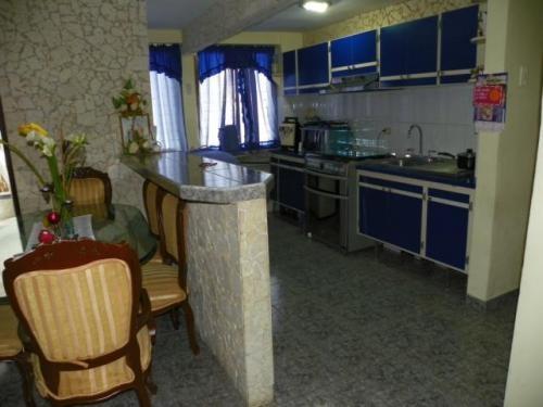 Mls# 10-7529 venta de apartamento en gallo verde, maracaibo - venezuela