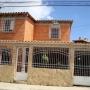 VENDO BELLO TOWN HOUSE EN LLANO ALTO CARRIZAL.