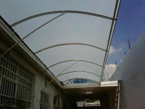 Toldos techos de policarbonato car interior design - Lonas para techos ...