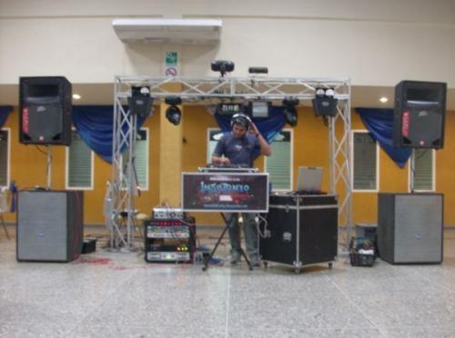 Fotos de Minitecas en barquisimeto, sonido profesional para fiestas.audio profesional par 2