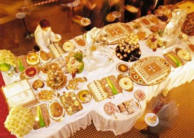 Pasapalos, buffet, mini-repostería, refrigerios,  almuerzos y cenas , decoración