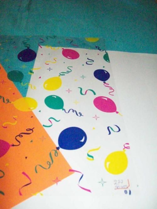 Como decorar una lamina de papel bond imagui for Laminas de decoracion para pared