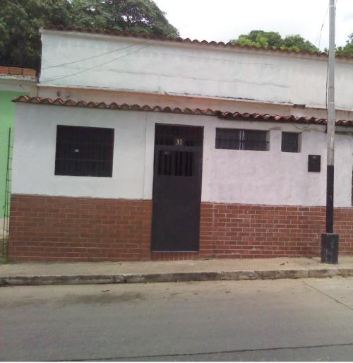 Residencia para 4 o 5 estudiantes san juan de los morros