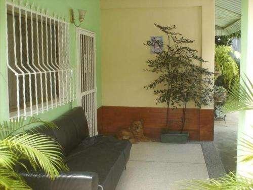 Casa en venta en la candelaria maracay codlfex12-2188