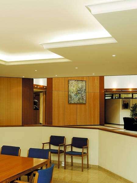 Fotos de salas y alcobas modernas consejos para la for Proyectos casas modernas