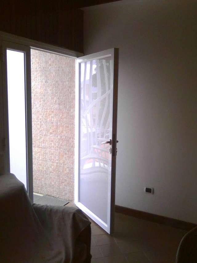 Puertas Para Baño Aluminio:Fotos de Puertas, ventanas, cristales, aluminio, puertas de baño