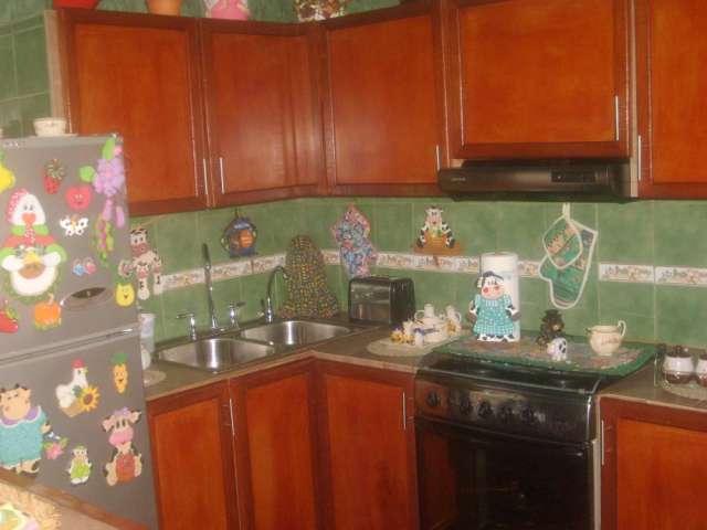 Cocinas en ceramicas fotos imagui for Modelos de cocinas con ceramica