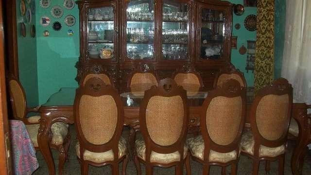 Comedor 8 puestos + dos sillas adicionales + ceibó madera tallada ...
