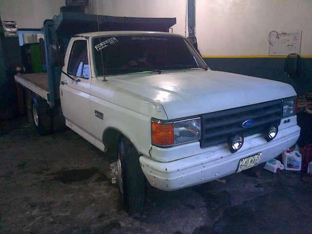 Fotos de vendo camión ford 350 en perfectas condiciones en Miranda