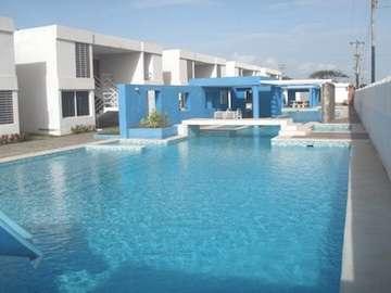 Resort en ciudad flamingo (montecristoii) chichiriviche