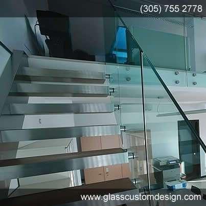 fabricacion de escaleras de vidrio y puertas de vidrio para baos en federales otros servicios