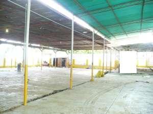 12-2814 se vende amplio galpón en sabaneta maracaibo