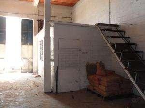 13-4814 se vende galpón en los haticos maracaibo