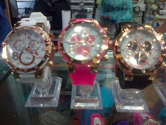 Vendo relojes al mayor