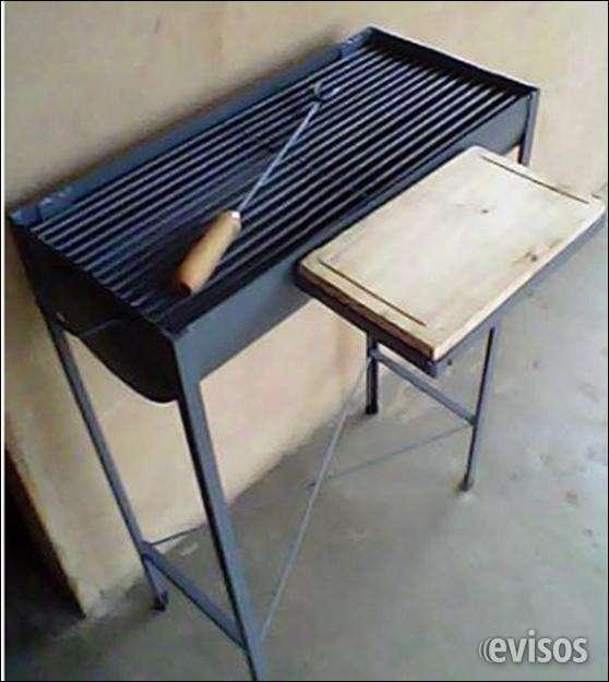 Parrillera a carbon + pinzón para carnes 60 cms