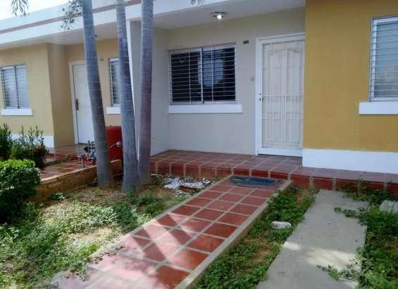 Hermosa villa cerrada en venta en el marite maracaibo