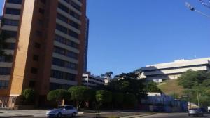 Apartamento en venta en av. el milagro maracaibo