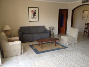 Apartamento en alquiler en sector la lago flex 18-2424