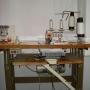 Maquina de coser industrial OVERLOCK SIRUBA con mueble!!