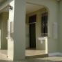 Cod. 9-7916 Espectacular oficina o consultorio para medico en alquiler