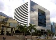 ALQUILO OFICINA EN PARQUE CRISTAL DE 141 m²