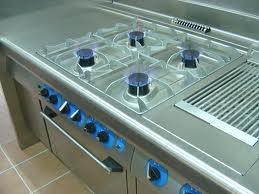 Reparaciones y mantenimiento en equipos de cocinas industriales de comedores restaurantes