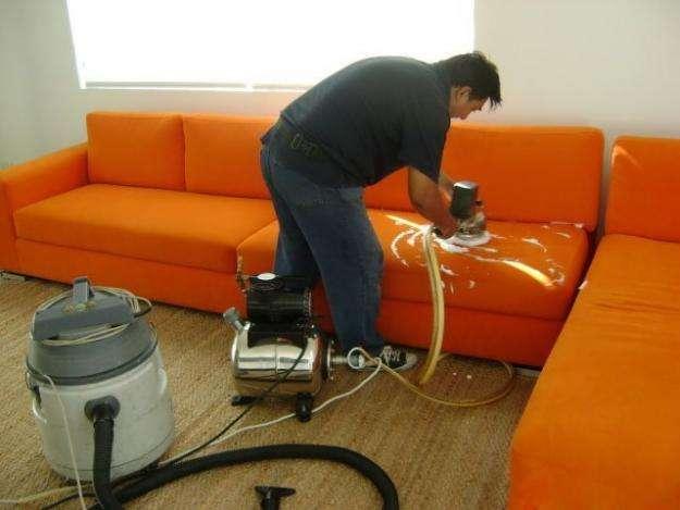 Lavado profesional de muebles y tapicería