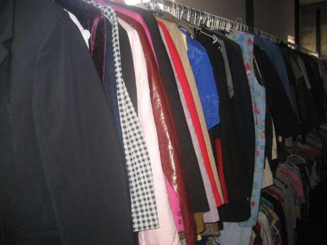 b55457248 Fotos de Mayorista de ropa de segunda mano