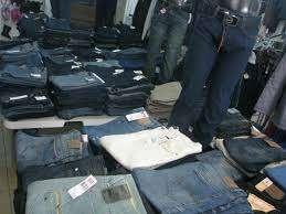 Vendo jeans calvin klein al mayora solo 44500 bs la docena