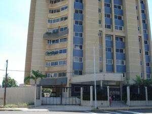Venta de apartamento. maracaibo. código 13-6984