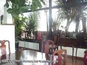 Apartamento en venta en los naranjos del cafetal en caracas rah:05-4767