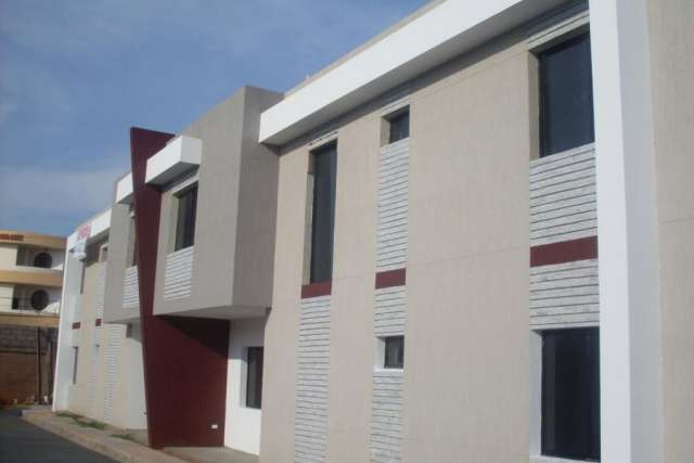 Townhouse en venta en fuerzas armadas en maracaibo rah:13-2886