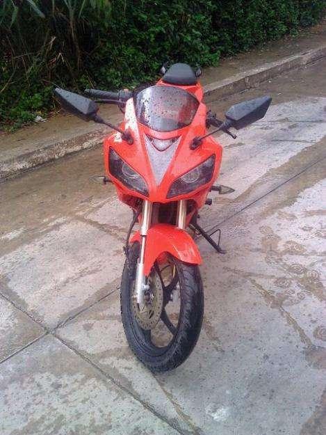 Vendo o cambio moto bera r1