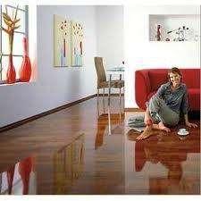 Fotos de Piso flotante laminado de madera tipo parqueteck. 4
