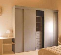 Elaboración de cocinas empotradas, closets, puertas