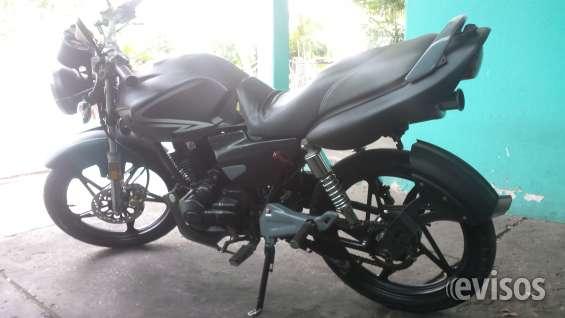 Vendo moto 200cc por urgencia economica en 400