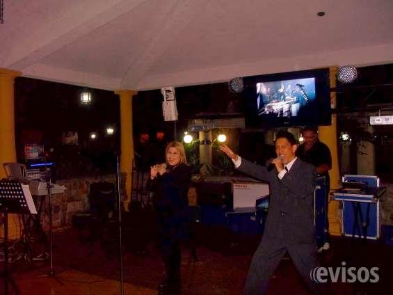 Grupo musical dinastia show