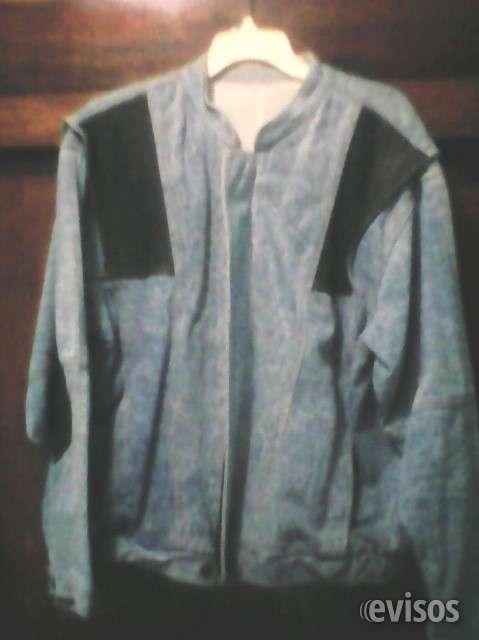 Chaqueta de blue jeans y detalles en cuero negro. (ciudad bolívar)