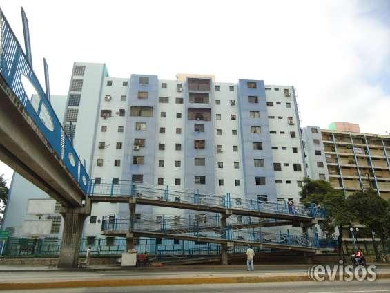 Apartamento en venta en zona comercial av. libertador
