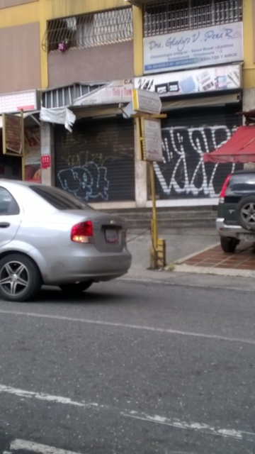 Fotos de Local en venta caracas - municipio sucre - av romulo gallegos sector  horizonte 12
