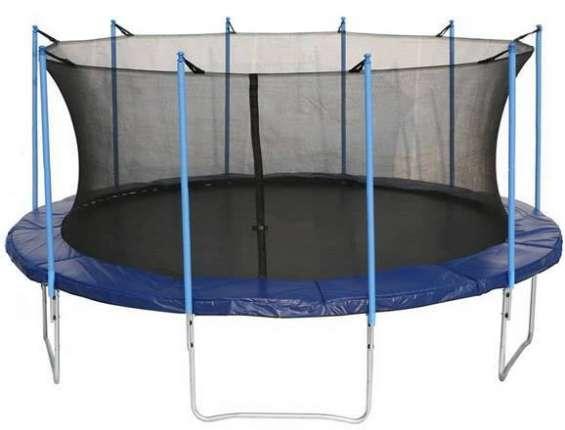 Alquiler de cama elastica para niños menores de 10 años