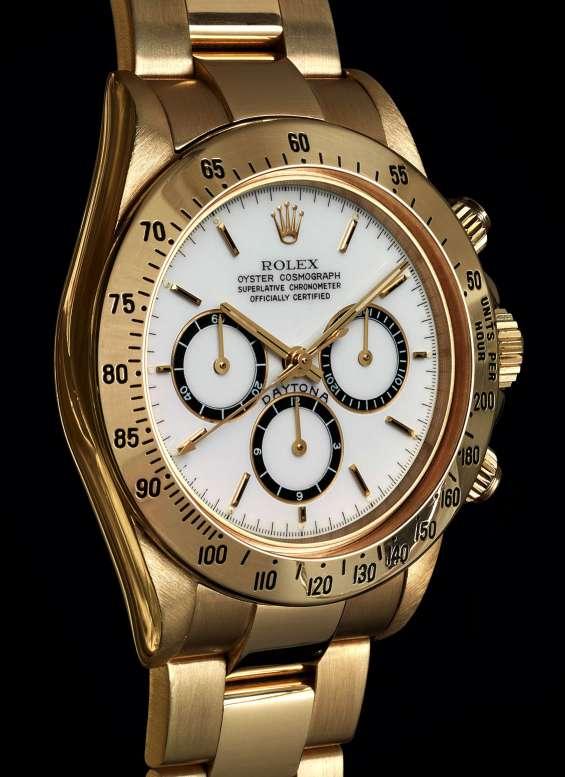 Compro reloj de marca y pago int llame whatsapp 04149085101 caracas ccct