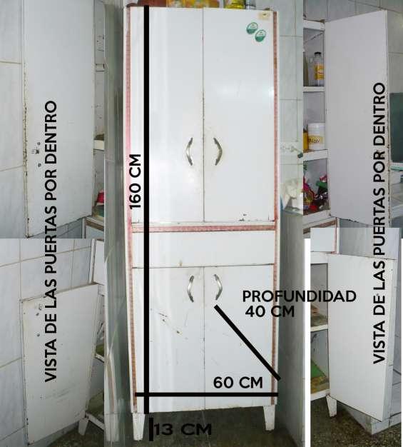 Se vende armario metalico usado