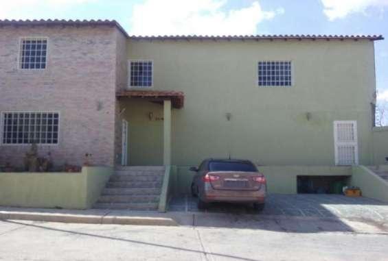 Casa en venta en campo alegre 17-14728
