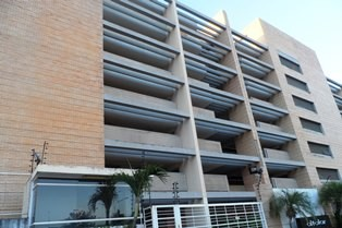 Venta de apartamento en puerto ordáz - villa granada